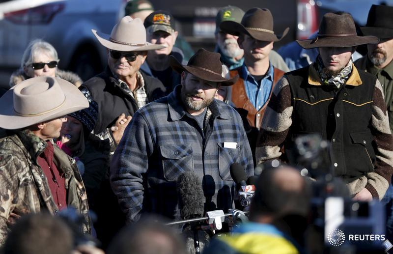 Oregon militants acquitted: