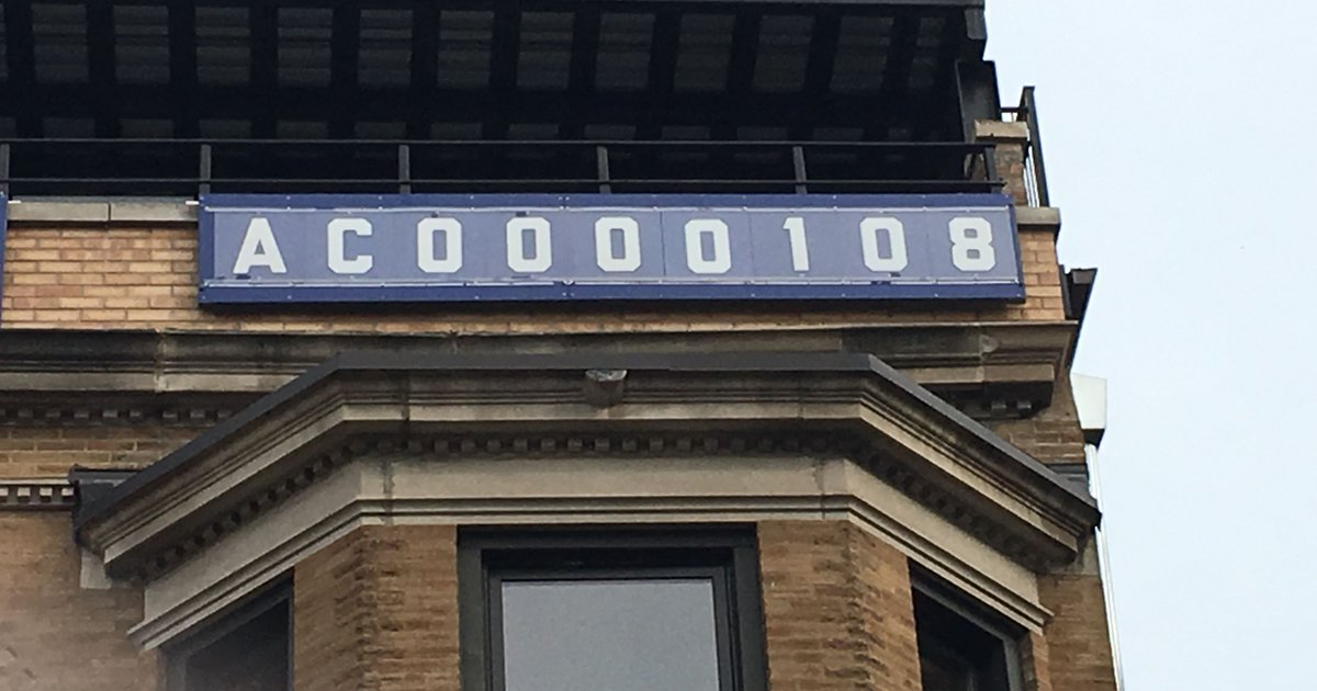 Famous Wrigley Field sign gets historic makeover for World Series