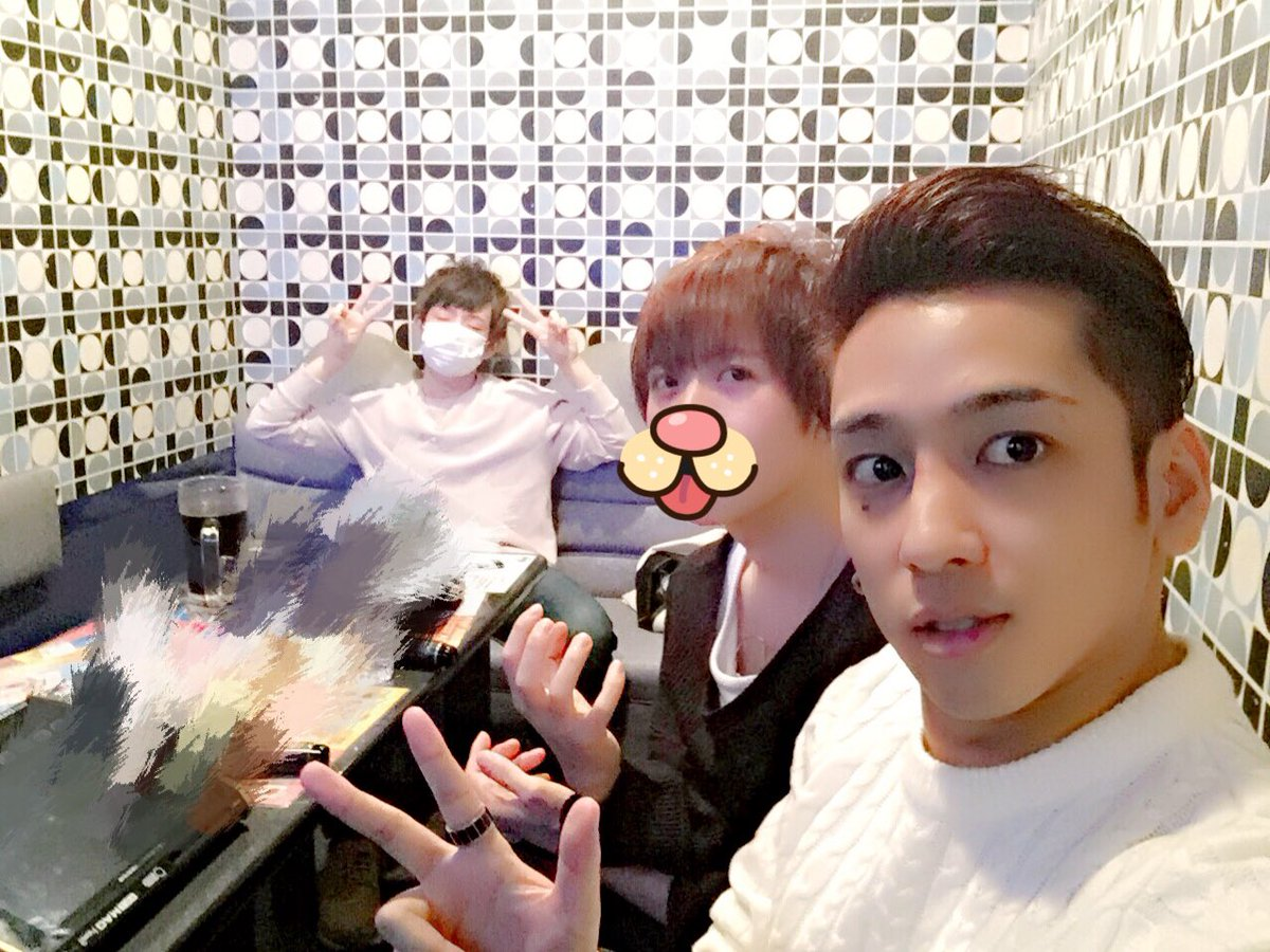 3人で美容室行ってー!kazuさん(@RISEL_KAZU)にカットしてもろてー!からのー!カラオケ!