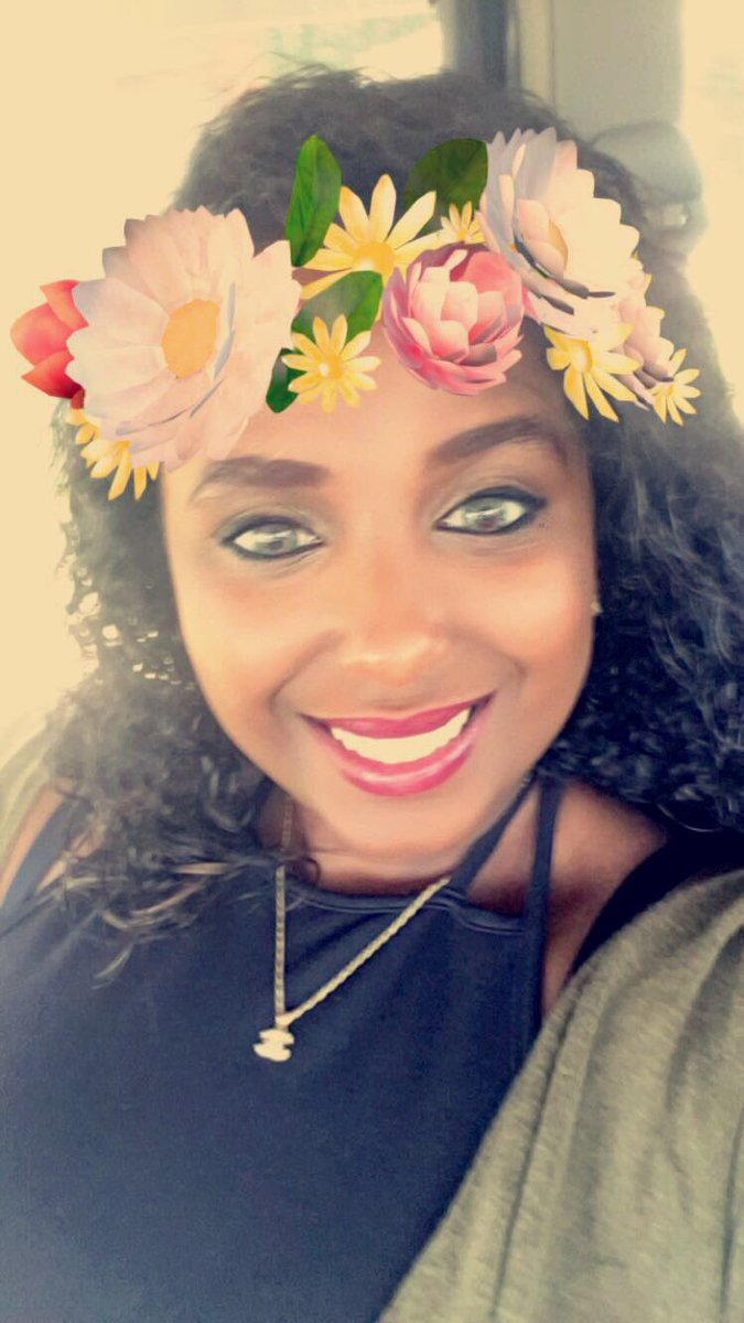 Hey @MadoraKenya change my makeup