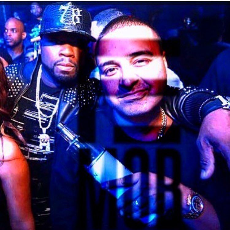 E MOBB LIFE STYLE @djcamilo we stay lit????. #EFFENVODKA https://t.co/XHQxn0maa9 https://t.co/bu3ikC9skd