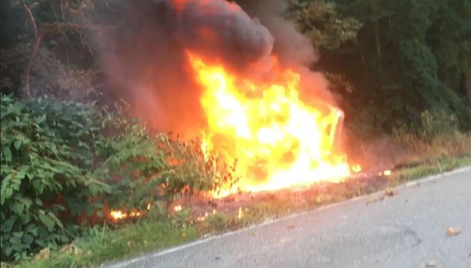 2 Kentucky teens rescue friends from fiery crash