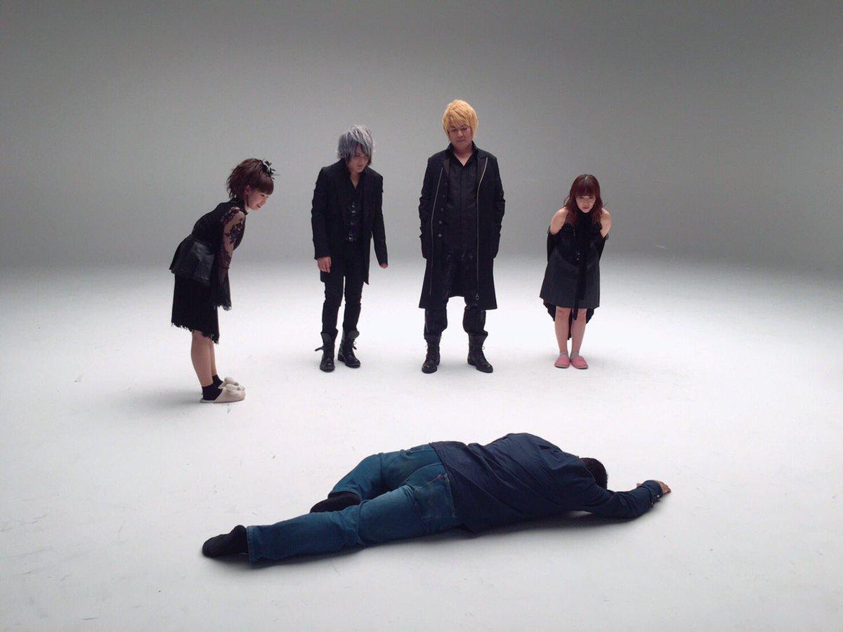 (^_^)RT : 亜人 第2クール前期OP主題歌『僕は僕であって』angela × fripSide   『satさん