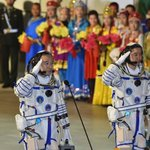 Chinese manned space mission docks with space station