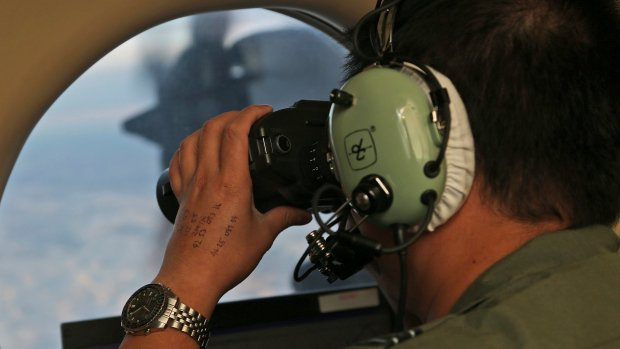 Underwater drone to investigate solar contacts in MH370 hunt