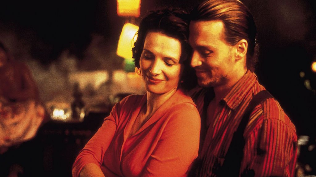 There's confectionary and romance in the air for Juliette Binoche and Johnny Depp in Chocolat at 6.40pm - perfect for an autumn evening! https://t.co/j66Yqv0Gq8