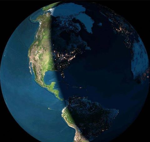Day and night from Space. https://t.co/xBnFasVclf