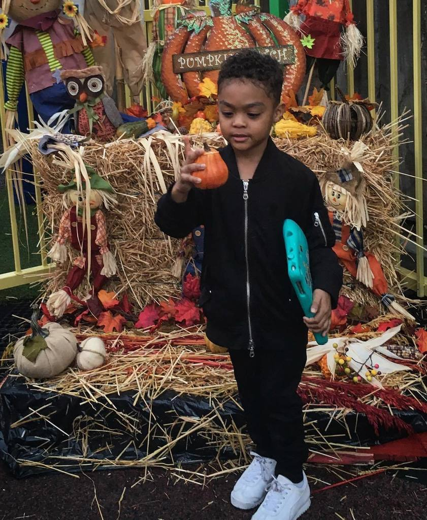 My little guy is ready for halloween. ????#FRIGO https://t.co/sFK2toNBlF https://t.co/N9sFiXZ5Ep