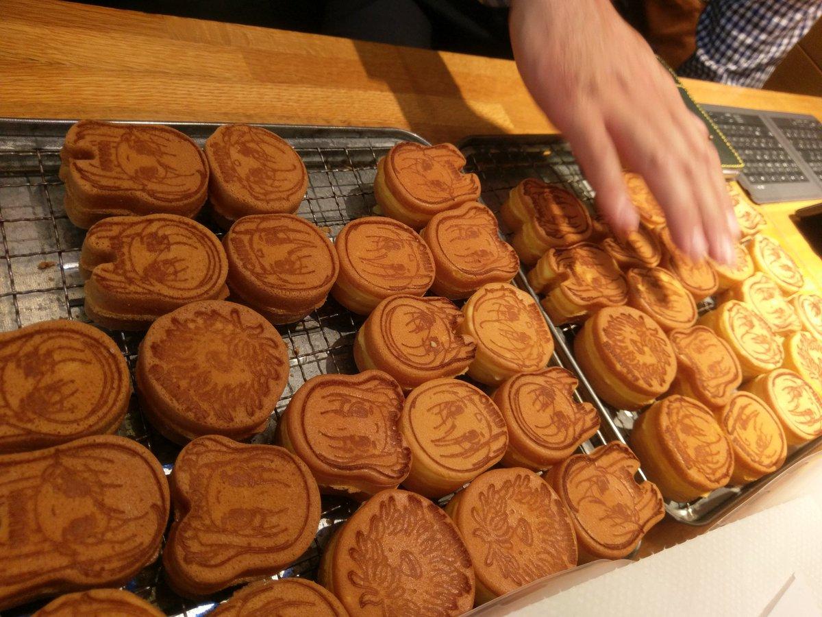まいわい市場では、あんこう鍋レトルトパックの仕込み作業の他、ガルパンおやきの最終試食を行いました。どちらも、多くの皆様に