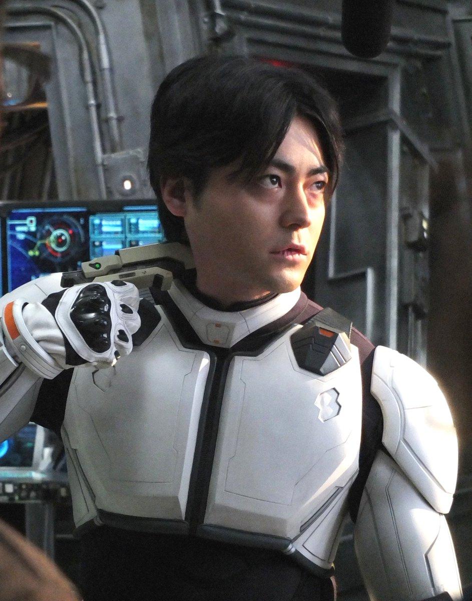 本日は山田孝之さんのお誕生日です!山田さん、おめでとうございます!! #テラフォーマーズ
