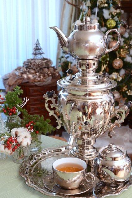 魔弾の王と戦姫でリュドミラの影響でサモワール(ロシア式給茶器)欲しくなってきた #魔弾の王と戦姫