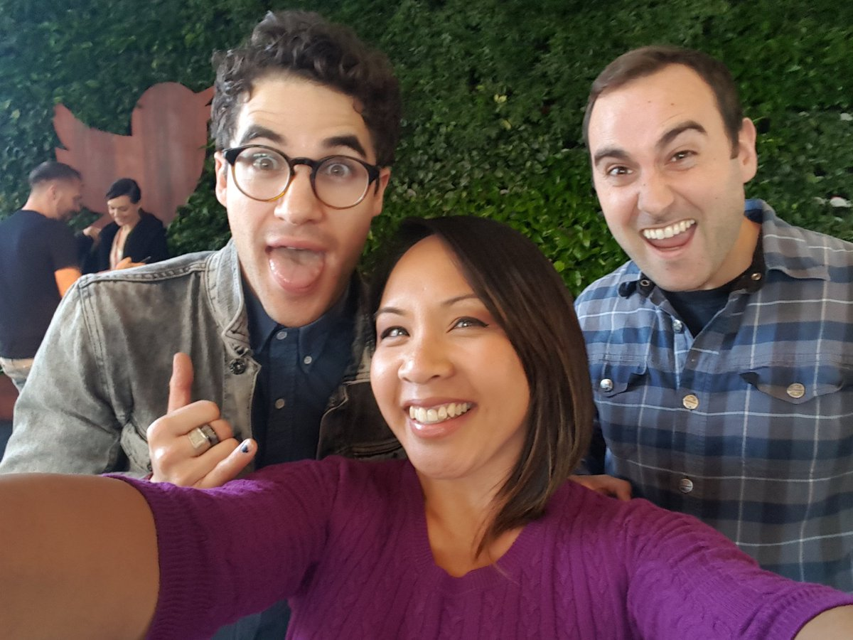 We @StIgnatius alums are a fun bunch! Thanks for stopping by @DarrenCriss...and get back to work @liam! #Wildcats https://t.co/4lp9AM1t2L