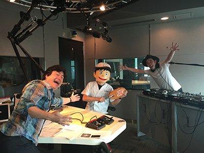 とんかつDJアゲ太郎、そしてアニメ『とんかつDJアゲ太郎』の音楽を手がけた藤原大輔さんのアゲアゲDJプレイ&カビラップ中
