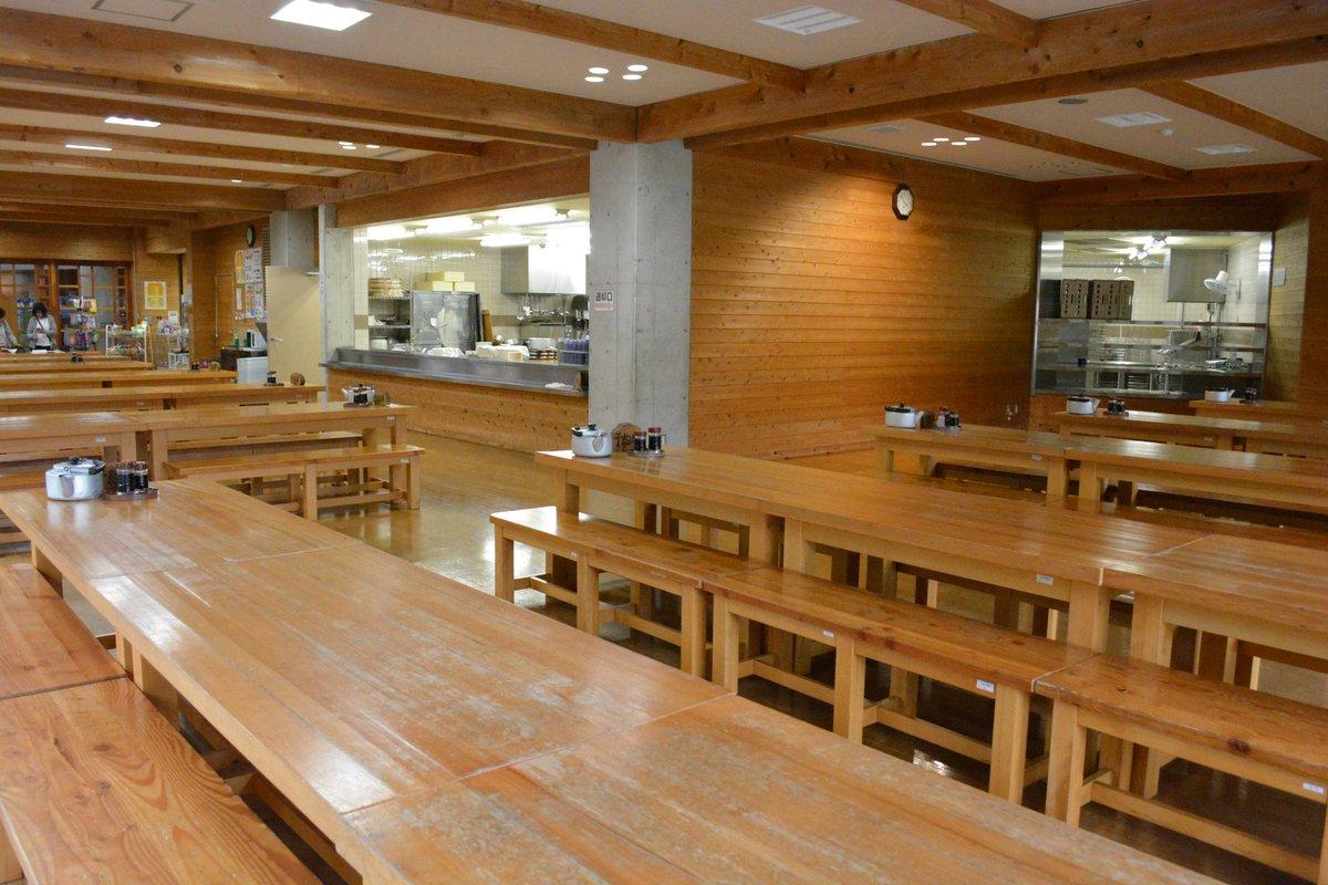 [聖地巡礼報告②]食堂は運営がアクトパル宇治とは別とのことで別途撮影許可をもらい撮影しています。食堂入口横には夏紀先輩と
