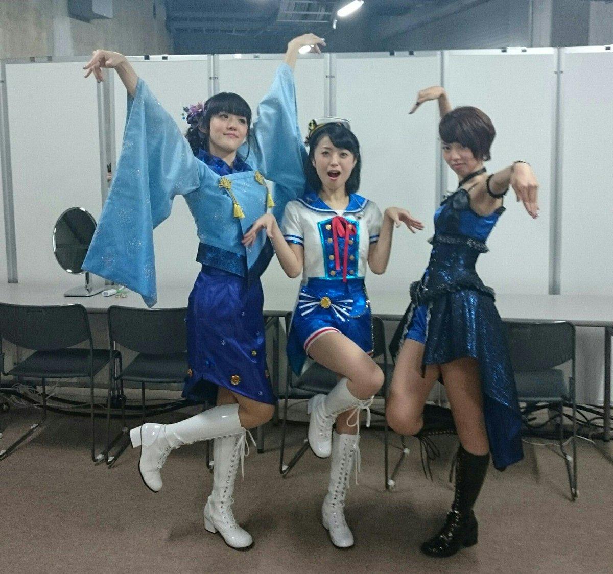 飯田さんのブログにあった麻夏さんと飯田さんの写真、あれ本番前裏で並んでる時に私の後ろでやっててすっごく緊張がほぐれたのよね(*´ω`*) うちの先輩最高です!