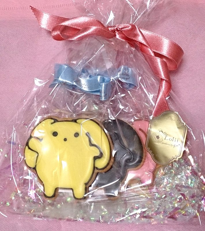 注文してたうーさーのデザインクッキー届きましたヽ(`▽´)/ つい、ひとつづつ頼んじゃったけど、想像してたより大きくて全