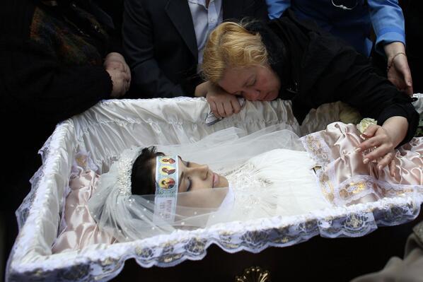 как одевают покойника фото