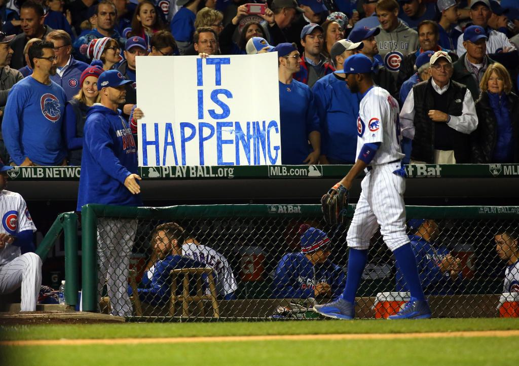 BREAKING: Chicago Cubs clinch first World Series slot since 1945