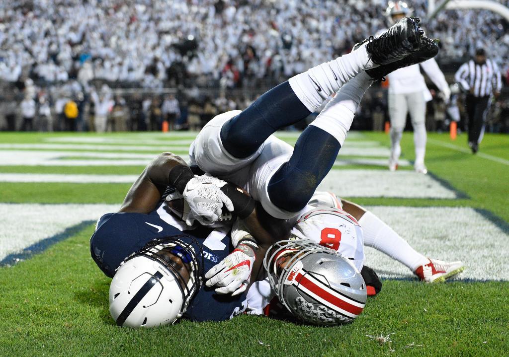 Penn State stuns No. 2 Ohio State; top 25 NCAA football roundup