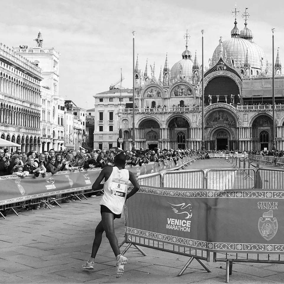 #VeniceMarathon