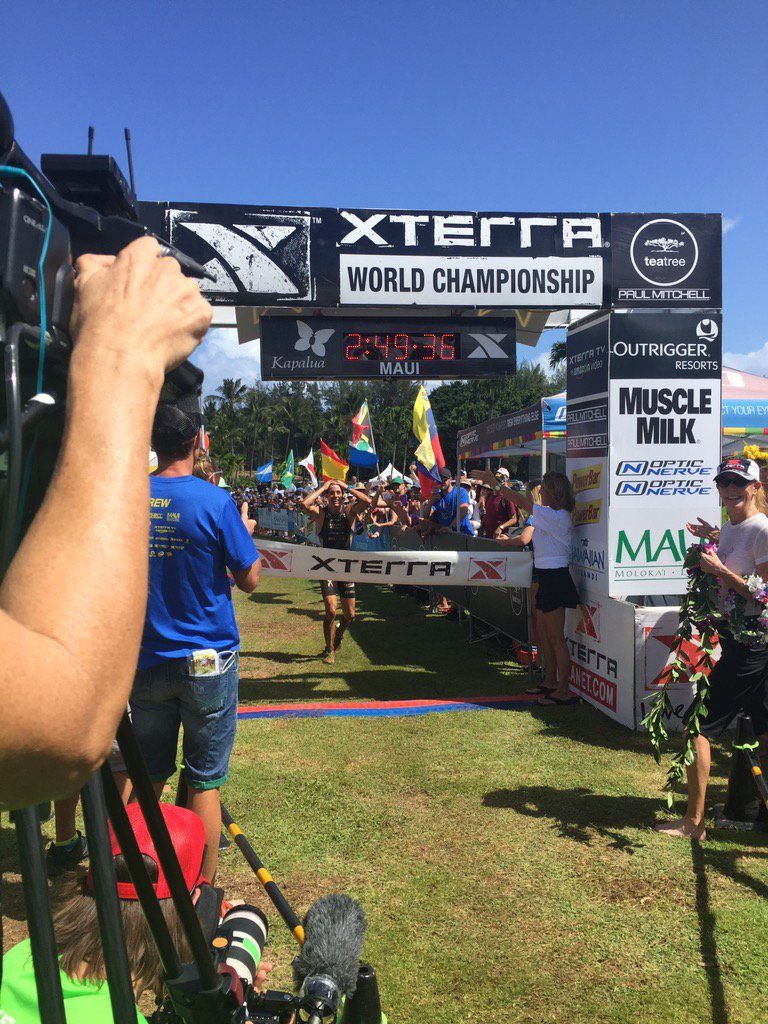 Your 2016 XTERRA World Champion is @MauMendezC. What a way to celebrate a 21st birthday this weekend! https://t.co/IwTyD4idiG