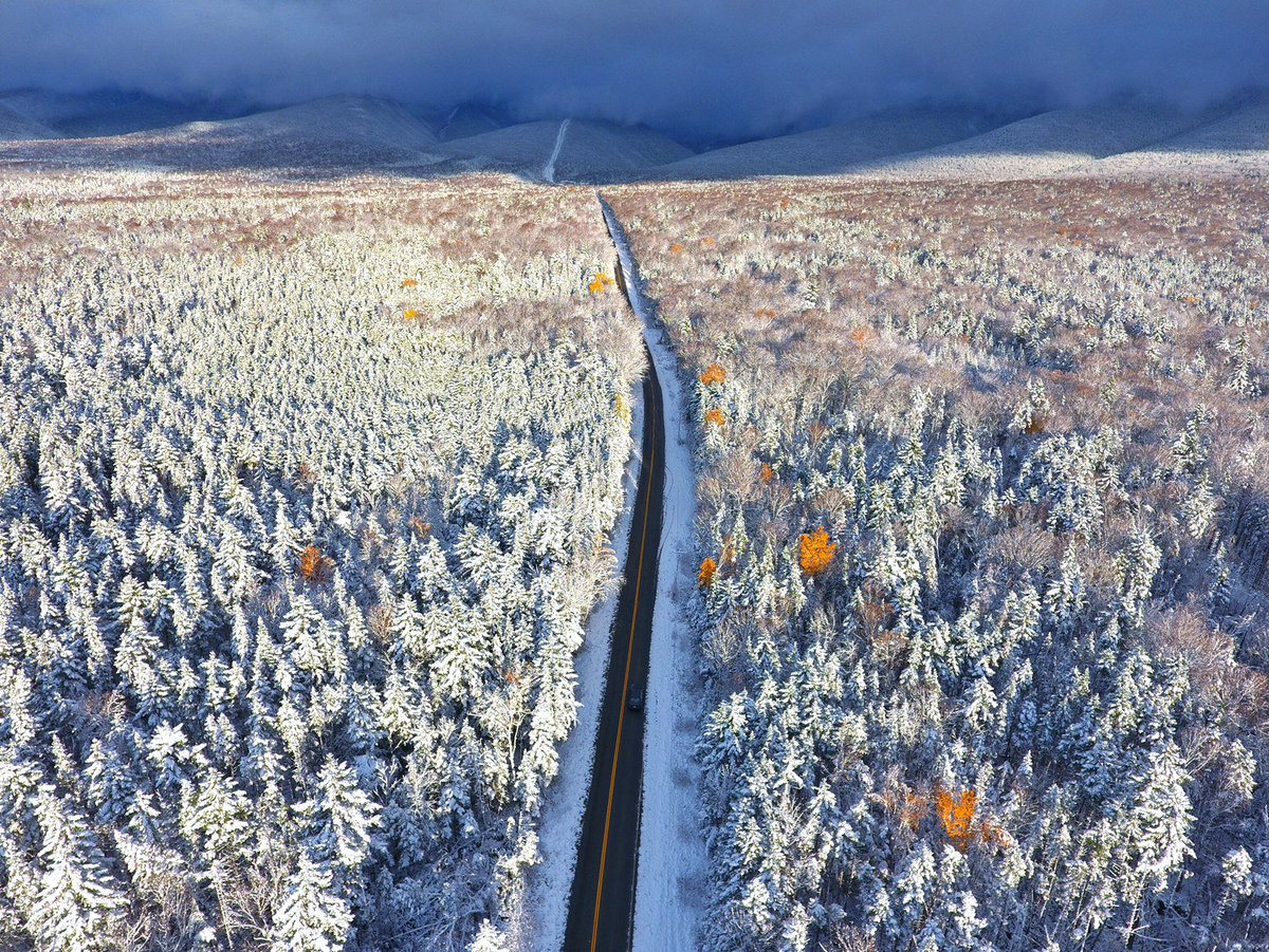 High above Base Station Road approaching Mount Washington. Photo credit: Paul Chareth/uLocal. #wcvb https://t.co/ES04XRNZyq