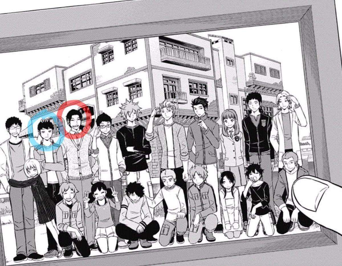 【 #ワールドトリガー 】オサムが見つけたボーダー初期メンバーの集合写真笑顔の城戸司令(赤丸)や、風間さんの兄さん