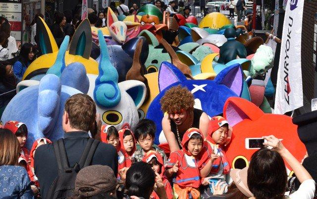 現実世界で妖怪ウォッチ!渋谷の路地が妖怪でみっちり… #妖怪ウォッチ