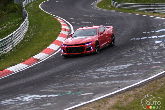 Auto123 @Auto123: 2017 #Chevy #Camaro ZL1 destroys Nürburgring in must-see clip | Car News | Auto123 https://t.co/WHBGFcF8pZ https://t.co/poEo4CSLFj