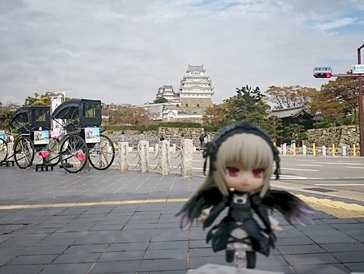 @2674Luke: ミーディアムの仕事で #姫路 にやってきたわぁ。 #ローゼンメイデン #水銀燈 #ねんどろいど #