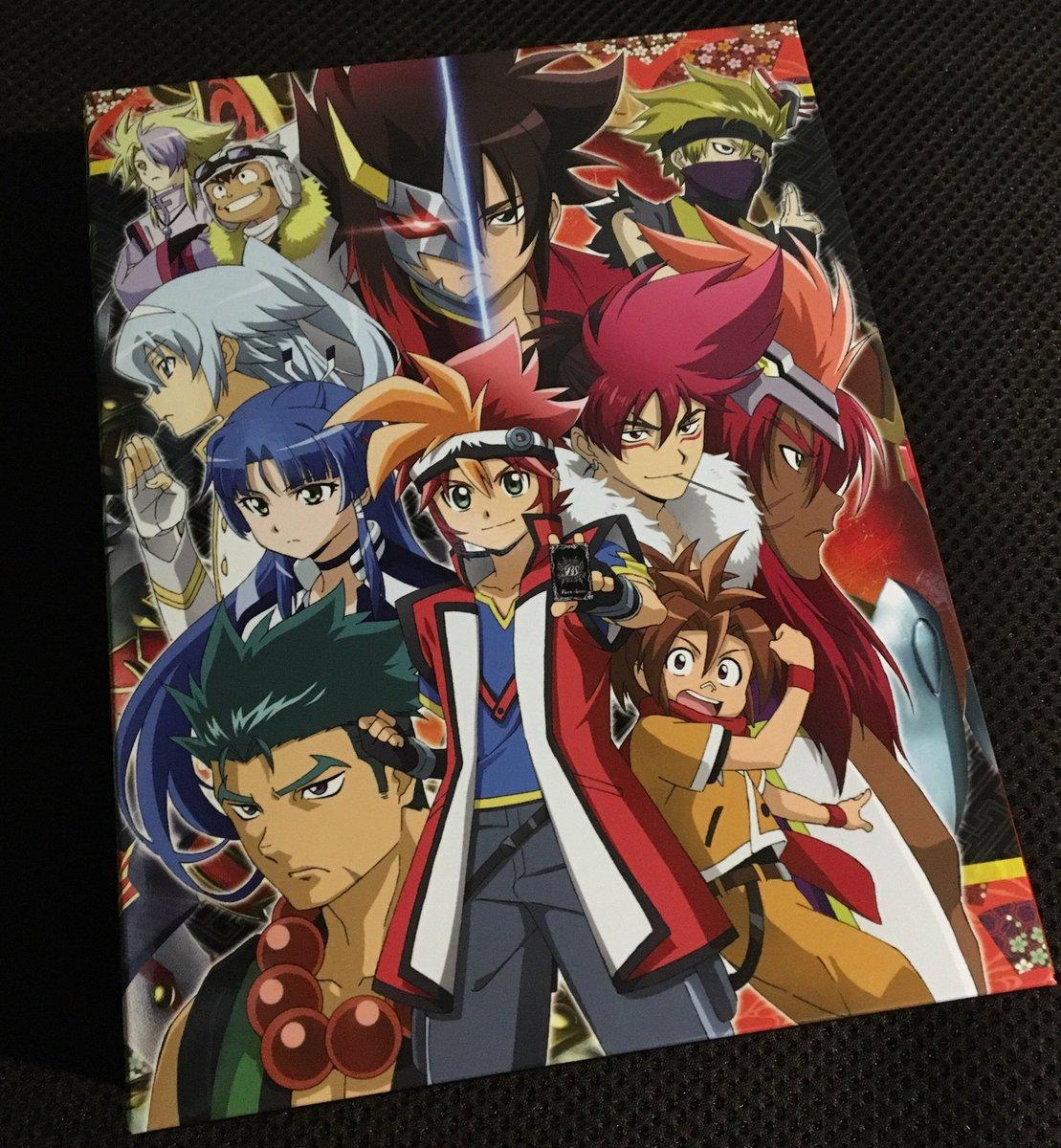 バトスピ烈火魂のDVD-BOX届いたぁーー!!٩( ᐛ )وエピソードカードやオリジナルサウンドトラックが嬉しい!特典の