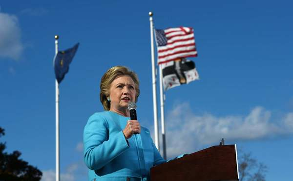 Hillary Clinton gaining ground with young voters, new poll shows