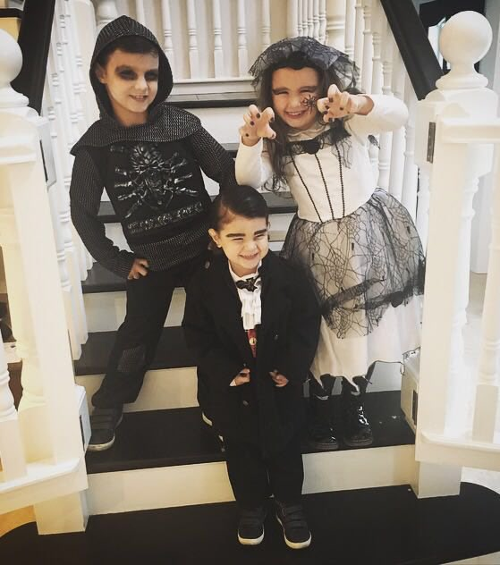 My little monsters!! Next year baby Brendan will be joining them @clodaghanne xxxxx https://t.co/M0XH2spA5M