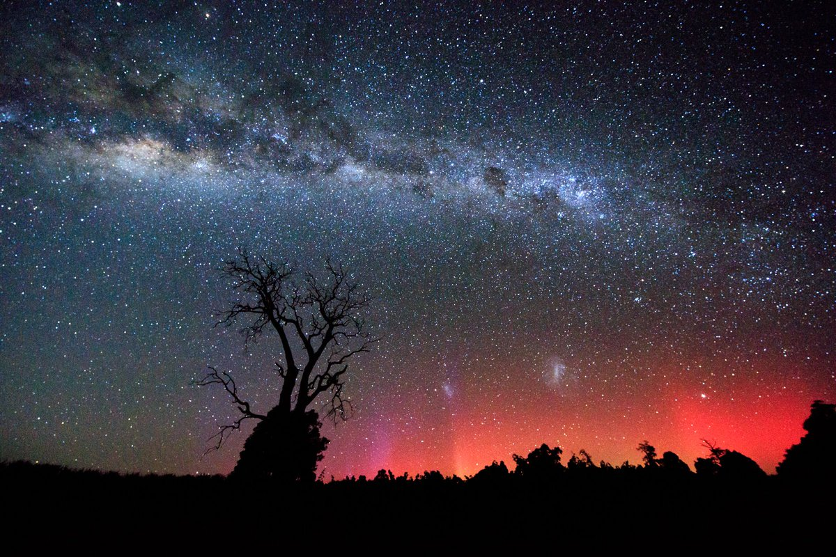 Aurora Australis over the South West of Western Australia https://t.co/CBW5Tf84eP