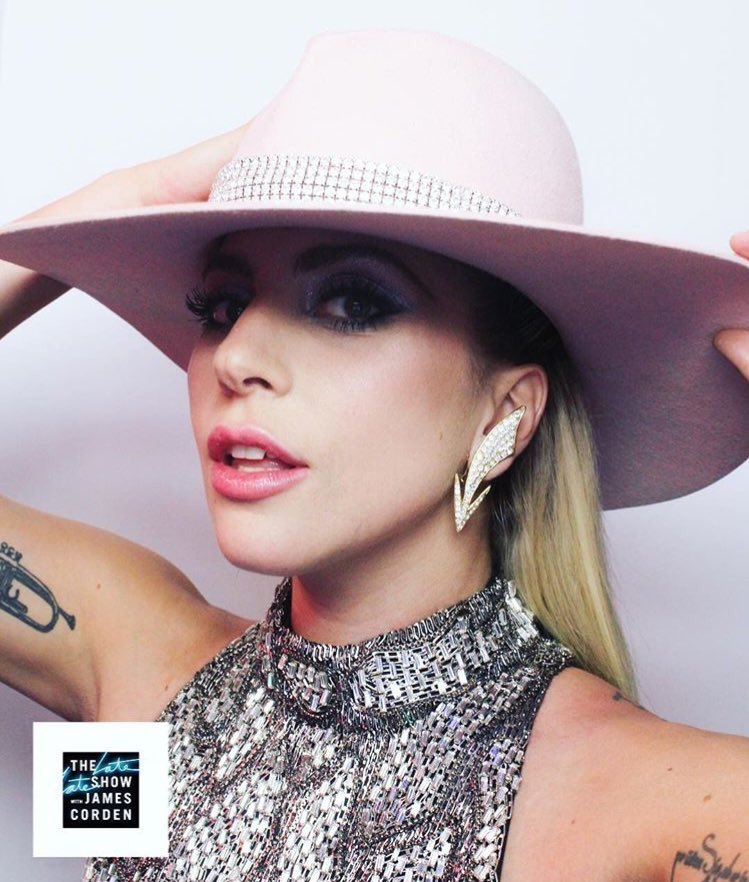 #GagaCarpool: Gaga Carpool