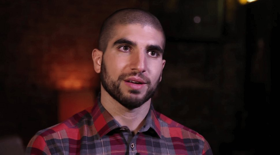 #BEEF #TitoOrtiz DESTROYS #MMA Reporter #ArielHelwani At A #UFC Press Conference. https://t.co/whqGKdRIu6 https://t.co/lDRcm8MU3F
