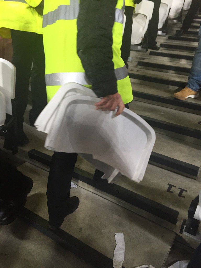 Tearing up their own seats to chuck them at as. Nice one West Ham https://t.co/4jQd6Z9BDL