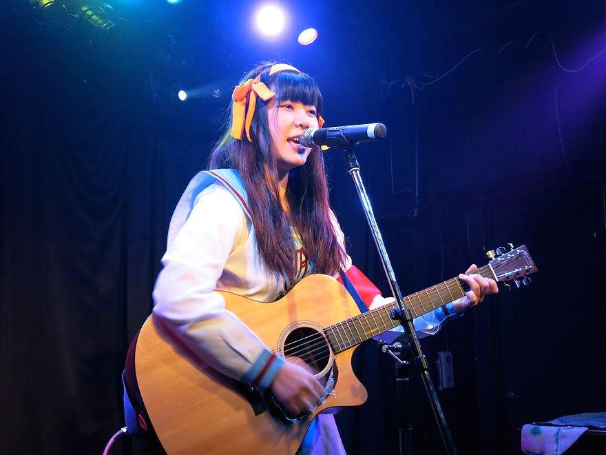 10/26、TOGI BARで行われた「LIVE EVOLUTION」というライブイベントに出演された眉村ちあきさんのス