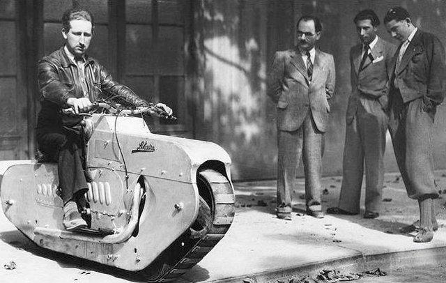 昔の乗り物ってのは、 理屈として、機械として正しいのか?の前に「とにかく作っちまえ」パワーに溢れてて好きなんだ。