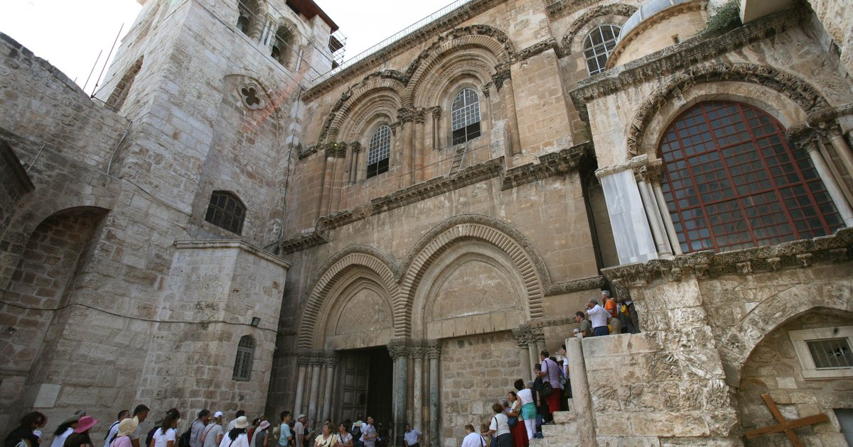 'Burial slab' of Jesus found in Jerusalem church