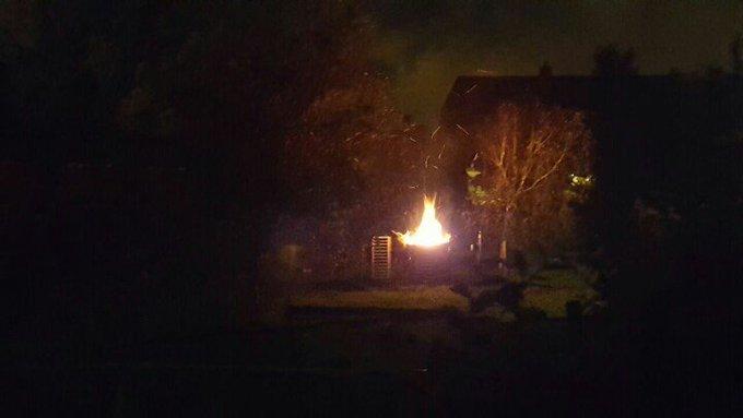 Melding Gebouwbrand Kwintsheul Lange Wateringkade betrof een vuurkorf. Brandweer mag in de kazerne blijven. https://t.co/GhBQM6tk9I