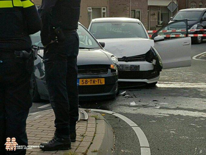 sGravenzande Noordlandseweg Aanrijding betrof 2 voertuigen. Veel blikschade. Geen gewonden achteraf.. https://t.co/pgaulTqXq8