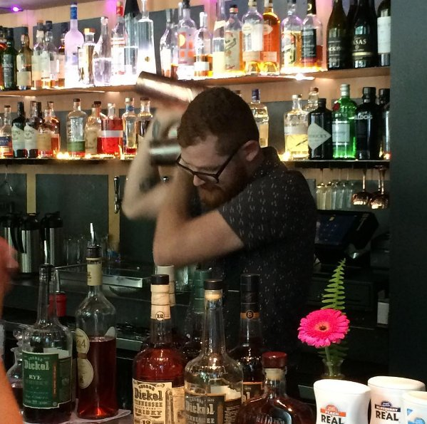 #TBT to our barcraft competition series #sponsored by George Dickel and <a href=https://twitter.com/FinestCall target=blank>@FinestCall</a>! #ThirstyThursday <a href=https://t.co/LNJGp8o5PP target=blank>https://t.co/LNJGp8o5PP</a>