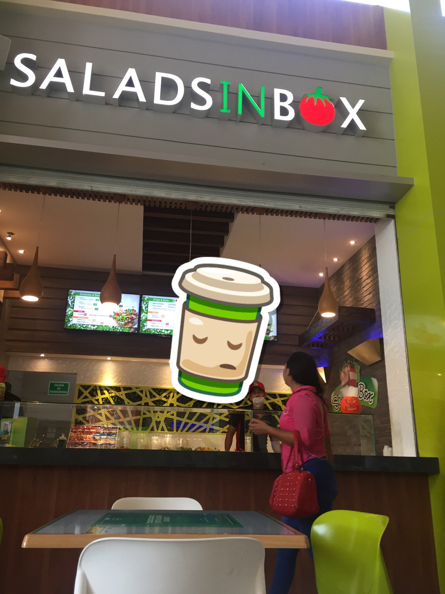 Lunch time #saladsinbox (@ Plaza Paseo San Isidro in Culiacán, Sinaloa) https://t.co/7klRXu6mdI https://t.co/Y9XnB3KecG