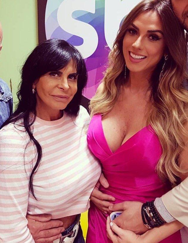 #NicoleBahlsNoPgmSilvioSantos: Nicole Bahls No Pgm Silvio Santos