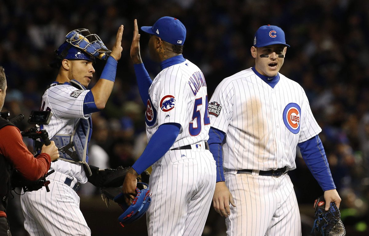 Cubs, Chapman hang on to beat Indians in Game 5, keep World Series hopes alive