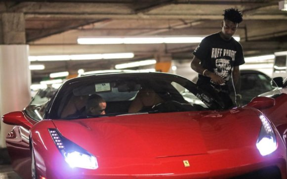 Drake bought 21 Savage a new Ferrari for his 24th bday   https://t.co/s4NhUFt2xX https://t.co/nqmN6yDe5R