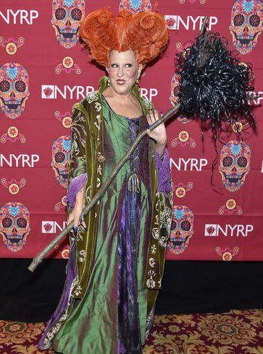 Which celebs have the best Halloween costumes? via @usatodaylife  (Getty Images)