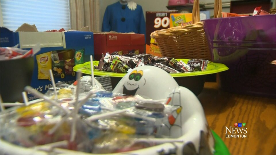 Halloween candy tips to spare your child's teeth