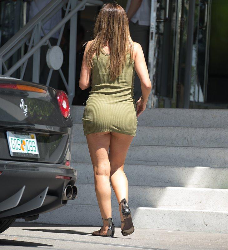Thottie pippen going straight kardashian wearing no underwear - Commando ropa interior ...